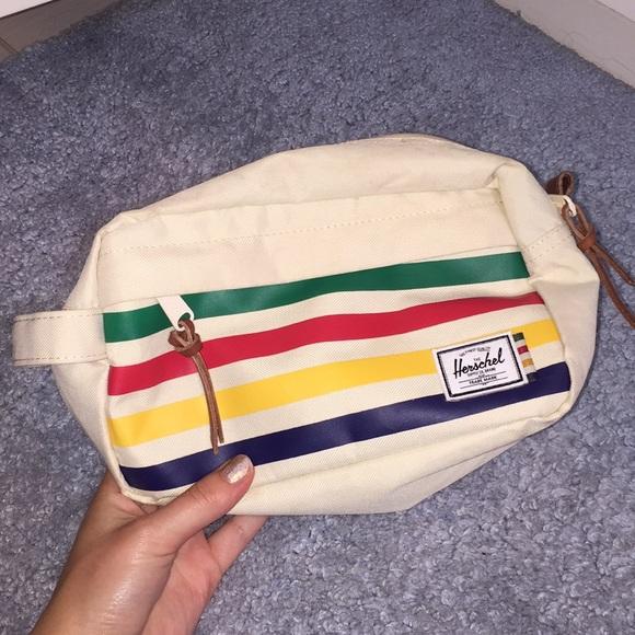 0eeda04e59 Herschel Supply Company Accessories - Herschel Dopp kit/toiletry bag: Chapter  Travel Kit